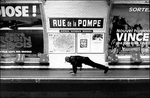 Janol-Apin-Metro-Charles-de-Gaulle